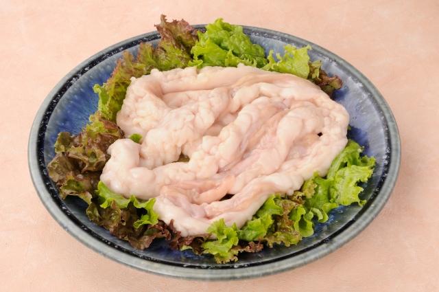 【定貫:1kg】 冷凍 国産牛小腸(脂たっぷり)真空パック(焼肉、ホルモン炒め、モツ煮、等)